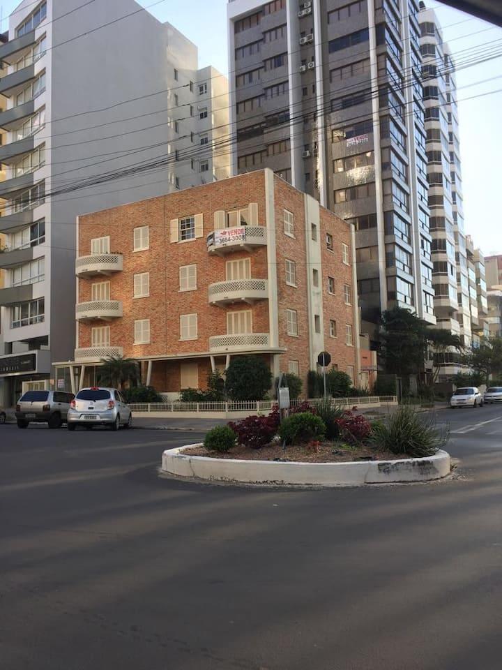 Centro de Torres - Praia Grande - Apto Conforto