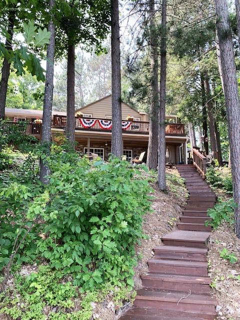 Comfy Lake Home adjacent to ATV/Snowmobile Trails