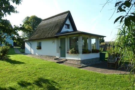 Reethaus Vilmnitz Ferienhaus - Putbus - Casa