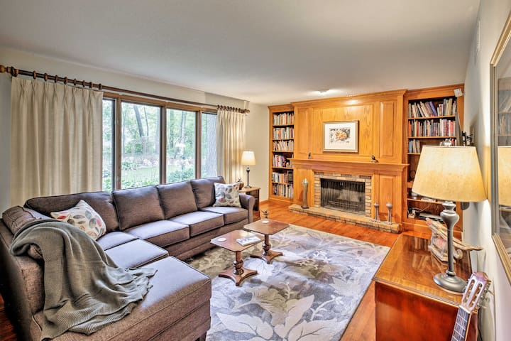 NEW! Family Friendly Oregon Home, 13 Mi to Madison