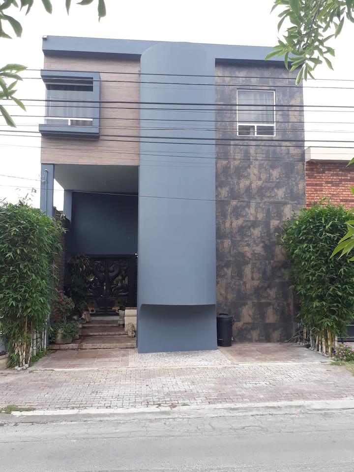 Loft moderno, terraza rooftop!  100 M2