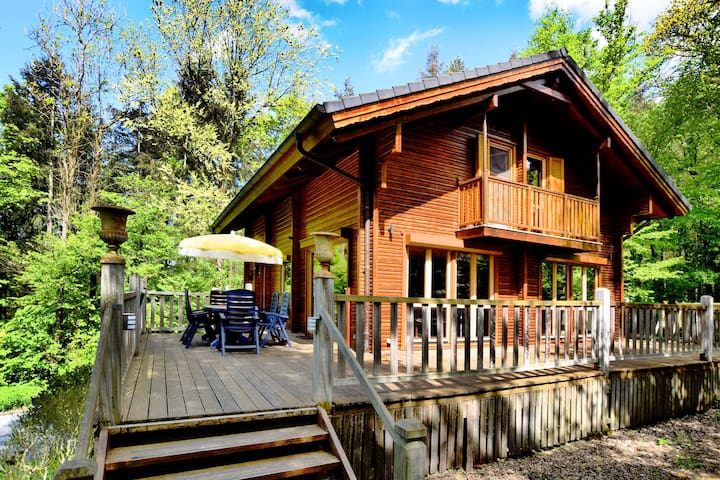 Magnificent chalet in quiet area with cozy interior, ideal for families
