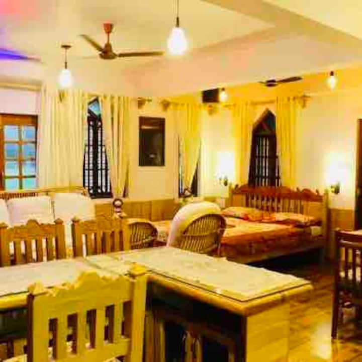 Studio in Saligao, 3kms from Calangute.
