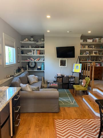 Private In-Law Unit Oasis by Lake Merritt