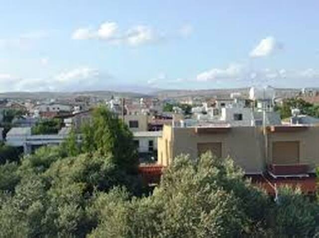 Artist's Home Budget Stay up to 3 travellers. - Paphos - Appartement