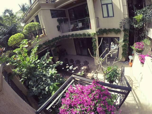大海附近花园泳池小洋楼,带私人花园,大泳池,交通便利我的家 - Sanya - Casa de férias