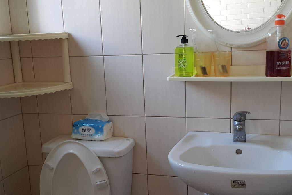 品牌衛浴用品