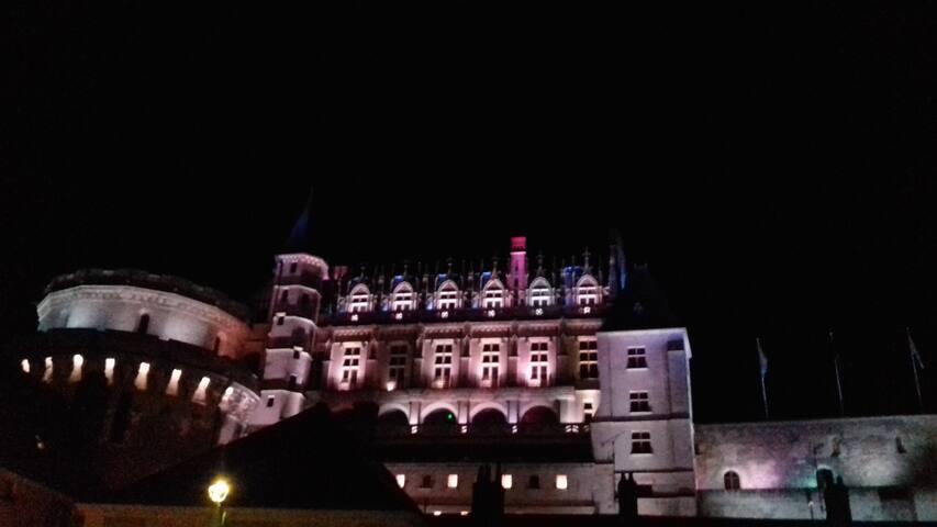 le château royal  illuminé