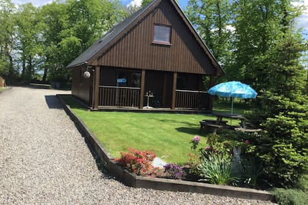 La Fortuna 3 bedroom lodge - Stirling - Rumah