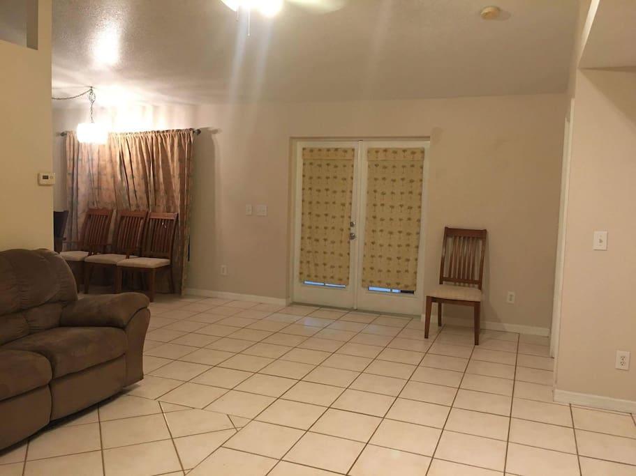 family room angle 1