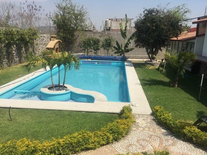 Morelos Yautepec Casa Sola Renta  Alberca Grande