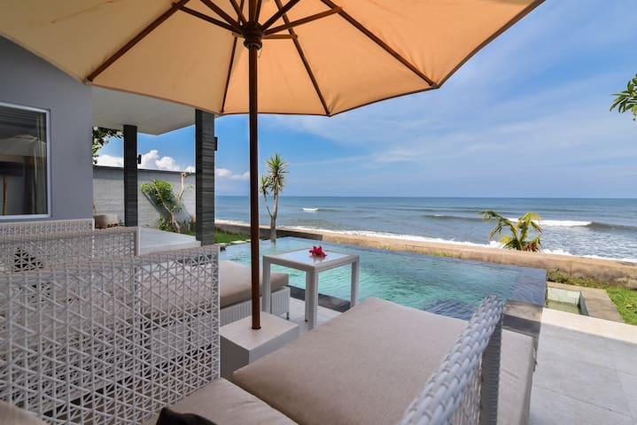 Koko-Beach-Villas, Lovina * Villa Dua