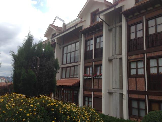 Precioso apartamento en Pedreña - Pedreña - Társasház