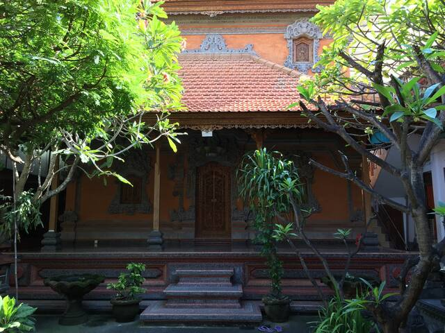 Traditional Balinese compound - PV - Kelod kuta Legian  - Wohnung