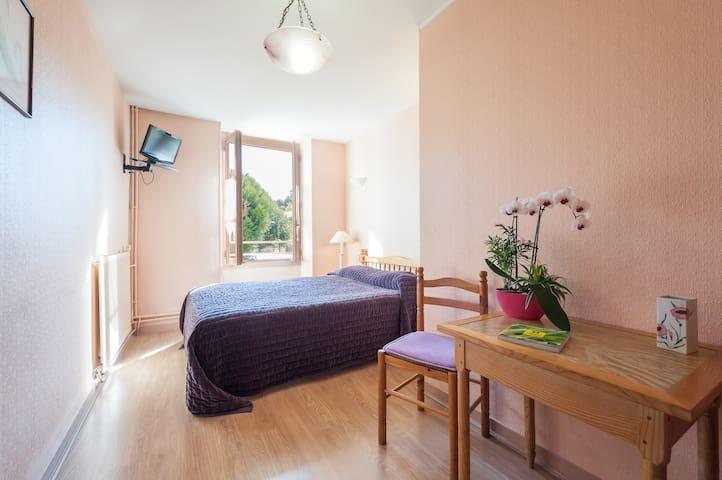 Chambre d'hôtel deux étoiles dans un village - La Mothe-Saint-Héray - Other