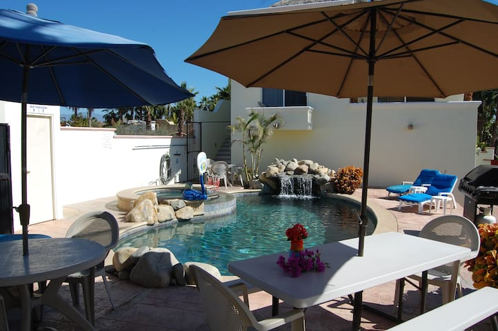 Pescadero Palace 3BR Guest House