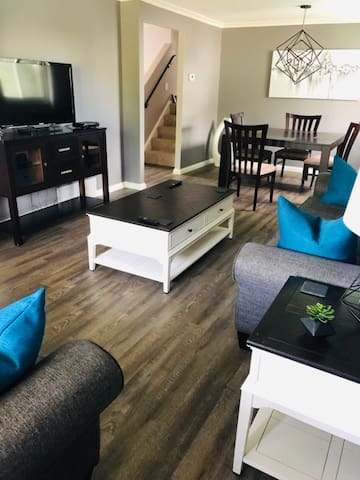 Beautifully renovated home in the Westvale area