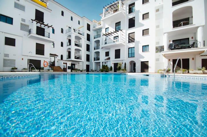 Cozy apartment in 50 m from the sea - Manilva - Apartemen berlayanan
