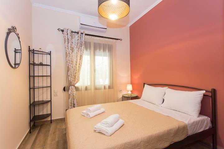 Avli Apartment