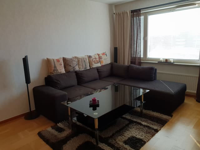 Room in fresh apartment in Solna