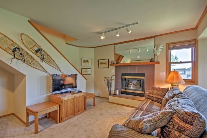Steamboat Springs Condo w/Hot Tub on Ski Bus Route
