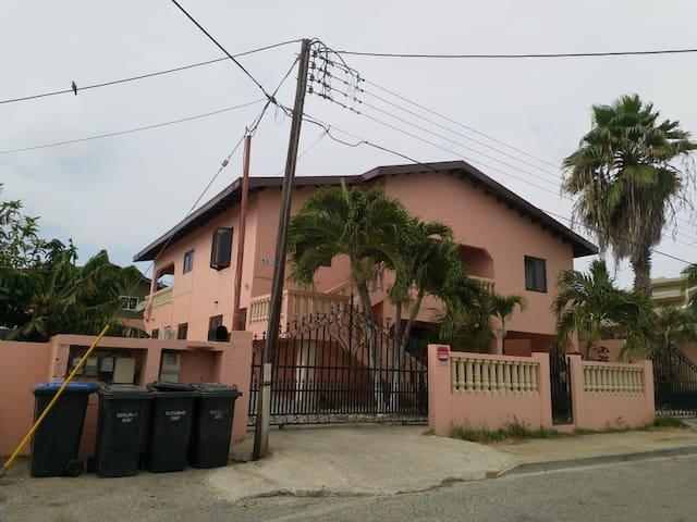 Sunny Aruba Apartment