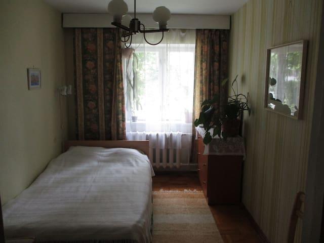 Cozy private room in green and quiet district - Tallinn - Appartamento