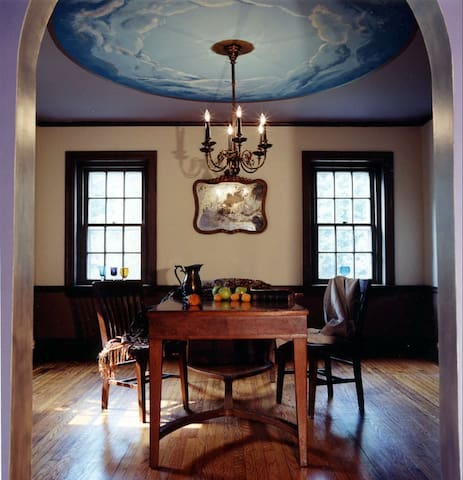 Boutique designer and historic preservation house - Jenkintown - Casa