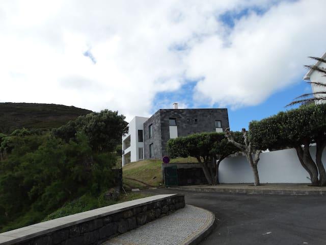 Velasmar D - Apartamento T1 com vista de jardim