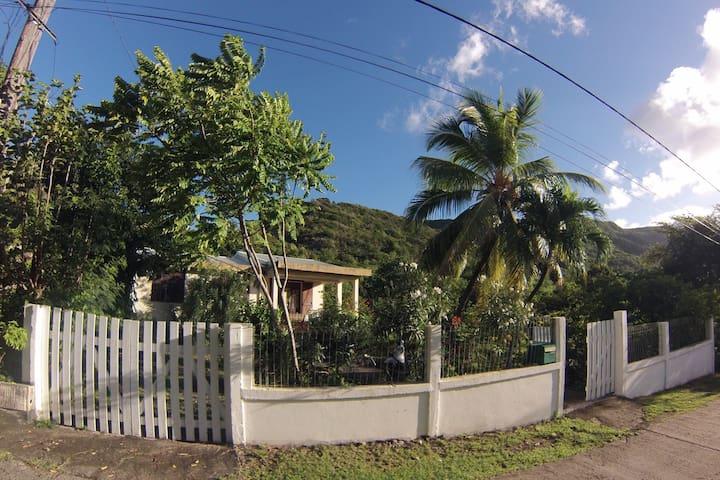 «Casa Colibri» La Désirade