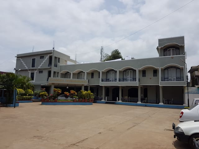 KANNIKA INTERNATIONAL - Kushalnagar - Andere