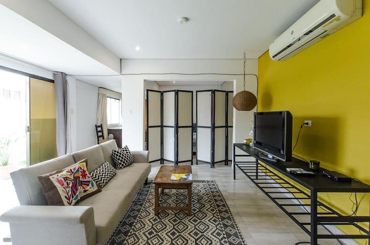 Moderno Loft con patio