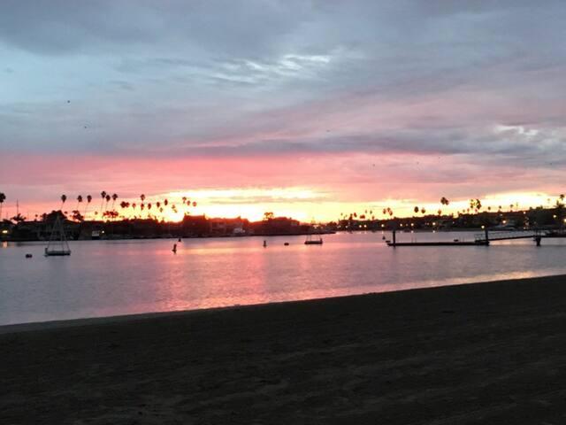 Little Beach Place!!! - Long Beach - Lägenhet
