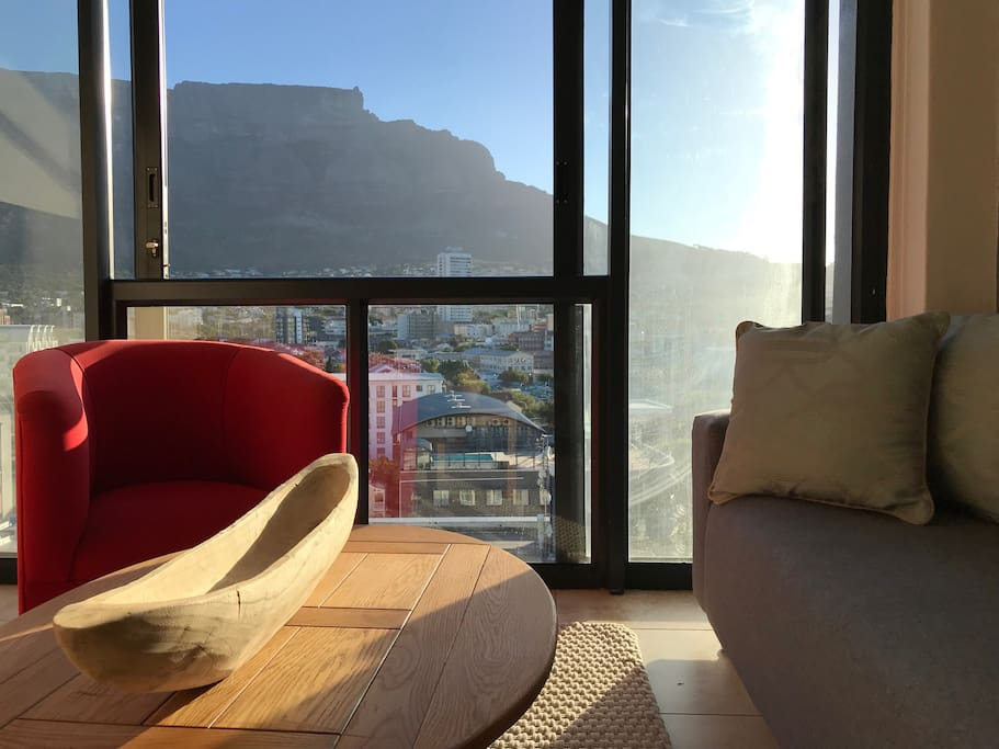 Table Mountain in your room