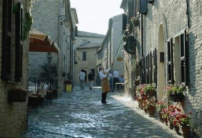 Residenza il Borgo - Montegridolfo - Apartment