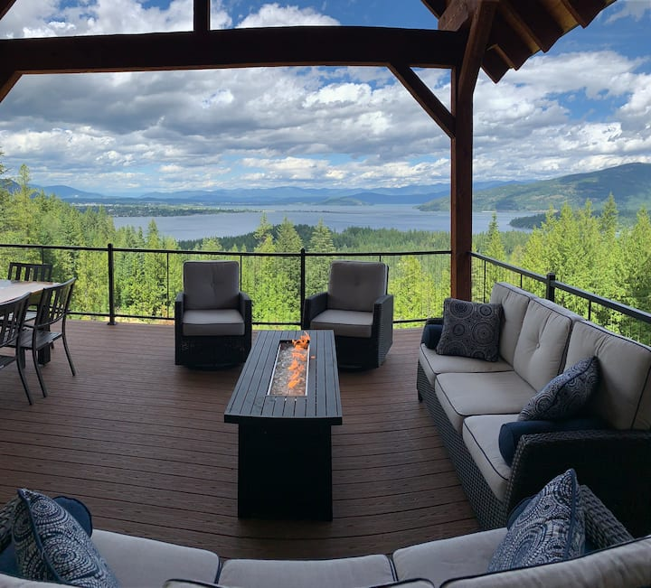 Two Bedrooms Luxury North Idaho Estate With A View