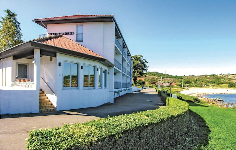 Holiday apartment with 2 bedrooms on 56m² in Allinge