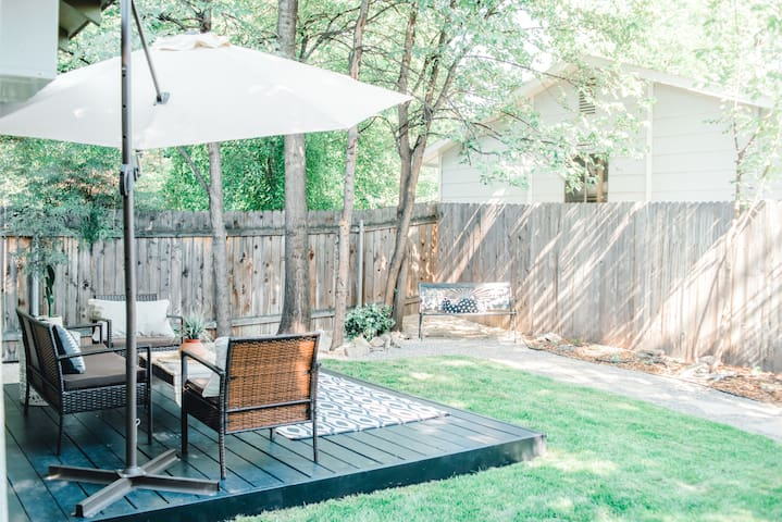 NEW★Tiny house paradise w/beautiful private garden