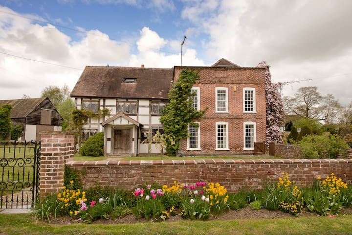 The Manor House, Eardisland