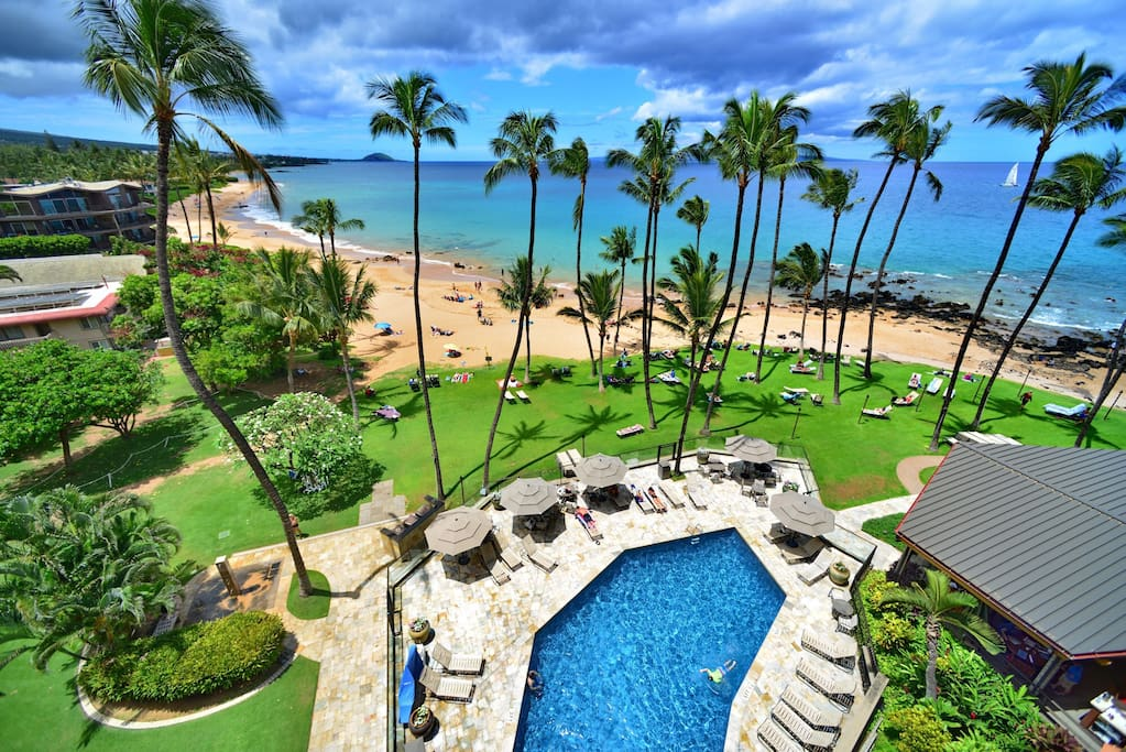 Looking down from lanai to the  heated saltwater pool directly on Keawakapu beach