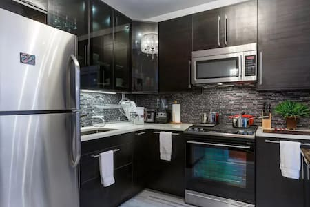 3 Bed 1 bath ENTIRE FLOOR -10mins to Times Square - Weehawken