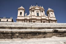 Noto with its cathedral is just 30' from Modica