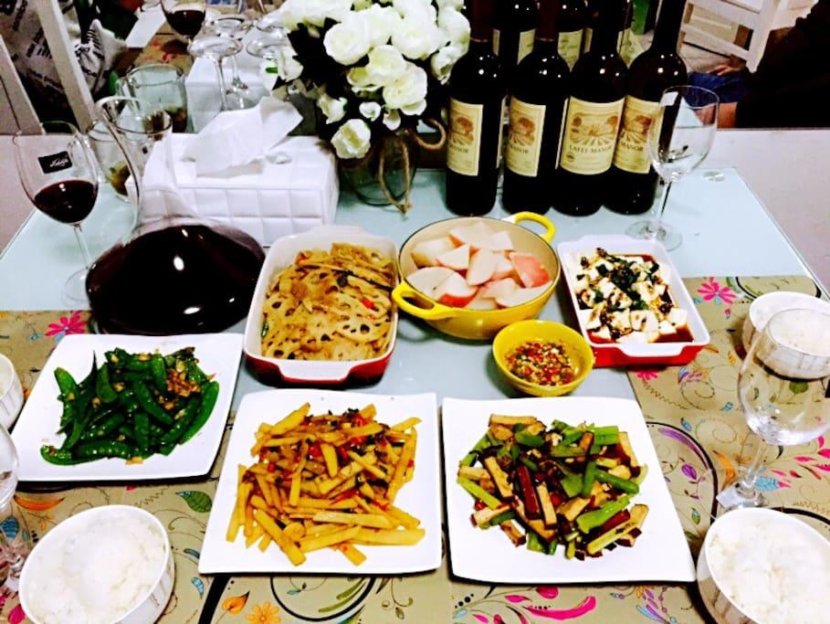房主是一个很会做饭的,小女生,如果时间来得及,可以一起吃饭