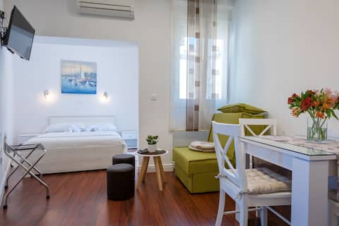 Split Centre - 4**** - Old town apartment