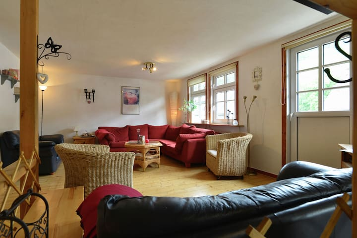 A comfortable, large house with WiFi in Hochsauerland, suitable for 14 persons