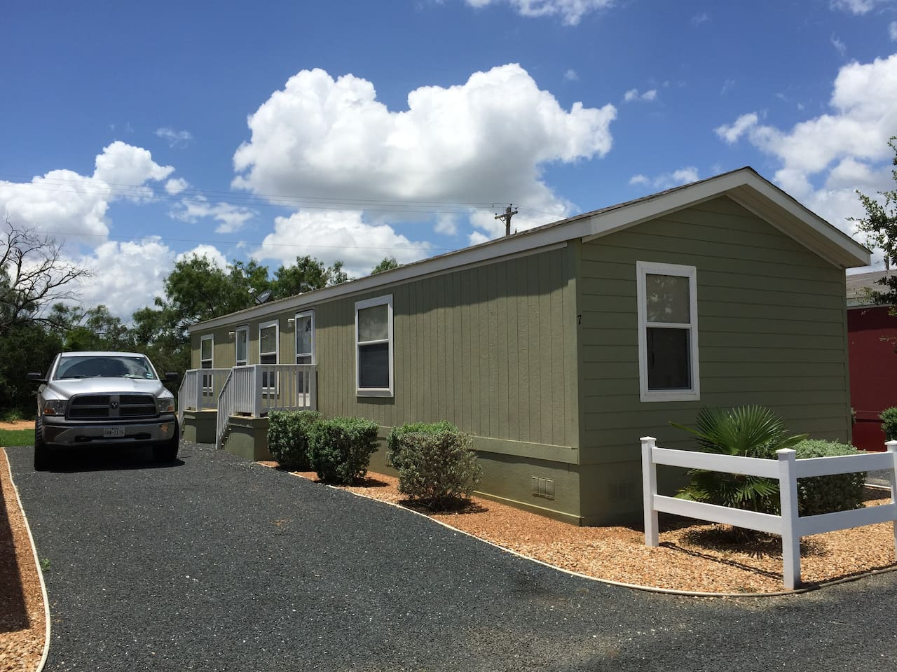 Spacious 2 bedroom home with private driveway