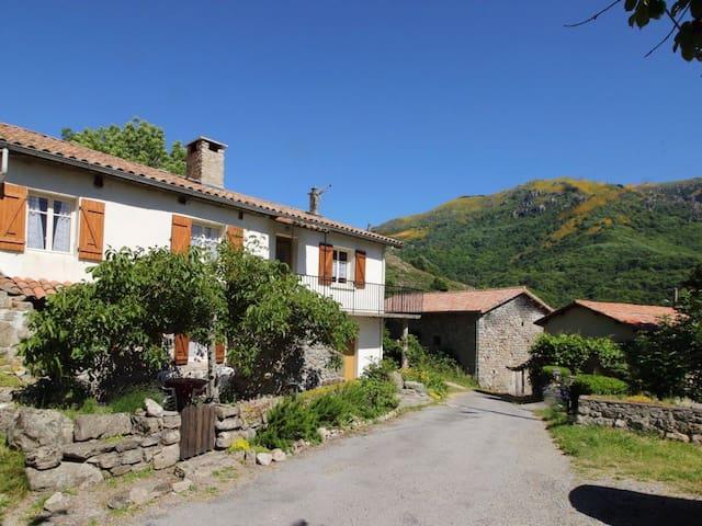 Gîte Cautet aux Sources de l'Ardèche