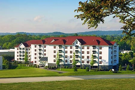 The Suites at Hershey: A+ Resort! - Hershey - Apartament
