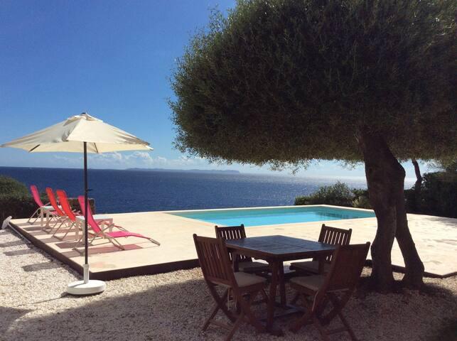 La Paloma - Romántica casa con vistas al mar
