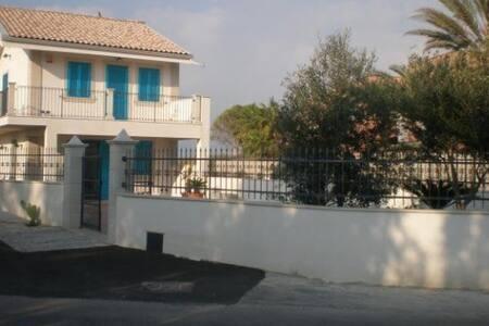 Villa Azzurra Santa maria del focallo